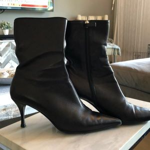 Gucci kitten heel boots